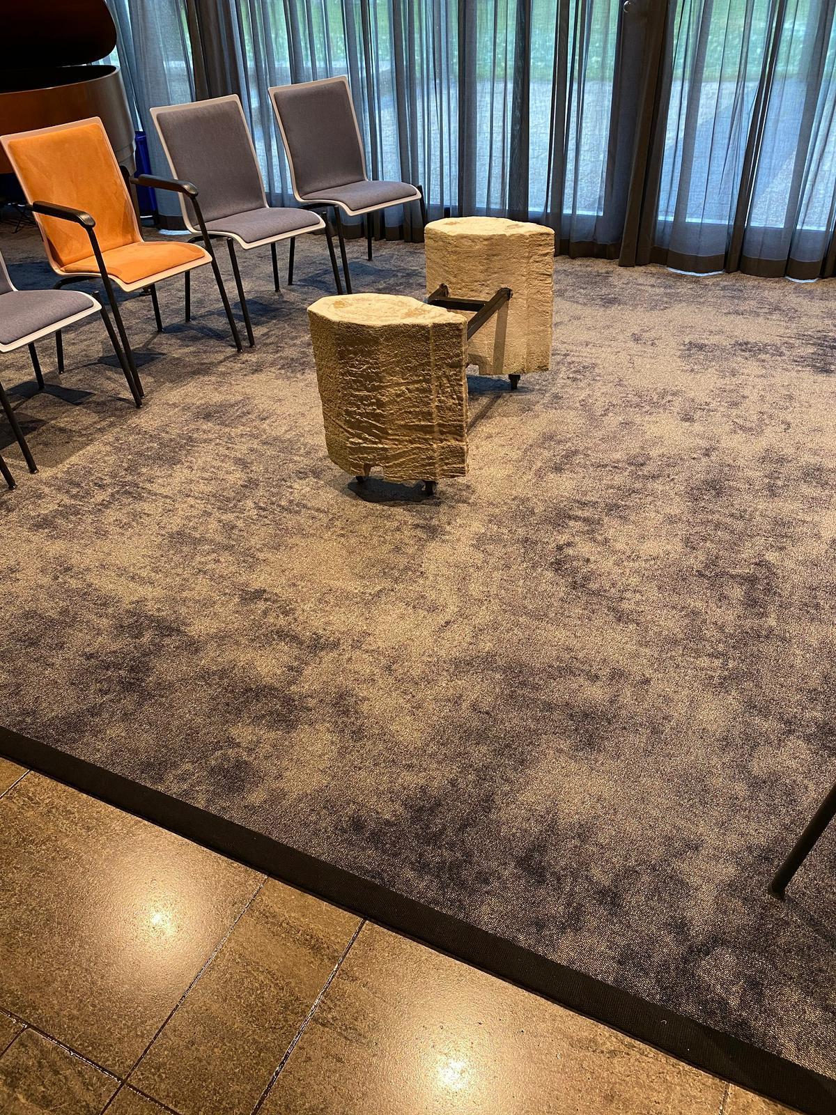 Stukjes Domtoren in de nieuwe aula van Begraafplaats Daelwijck in Utrecht!
